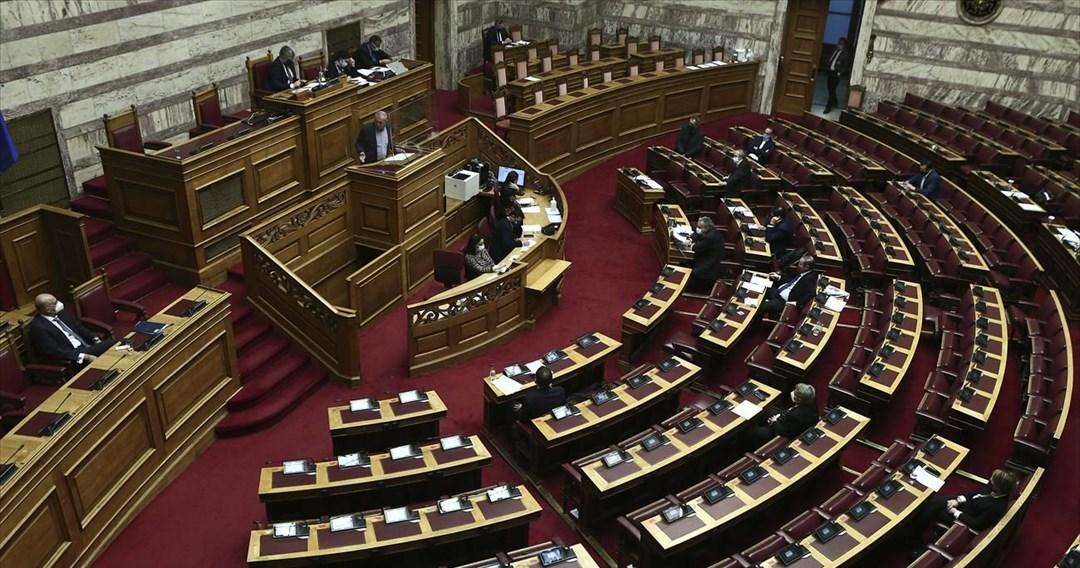 Ερώτηση βουλευτών ΣΥΡΙΖΑ προς Κεραμέως για τα προβλήματα στην τηλεκπαίδευση